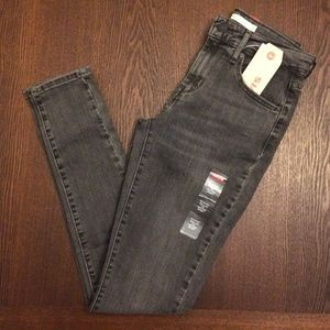 Levi's 721 gray high rise skinny stretch jeans NWT